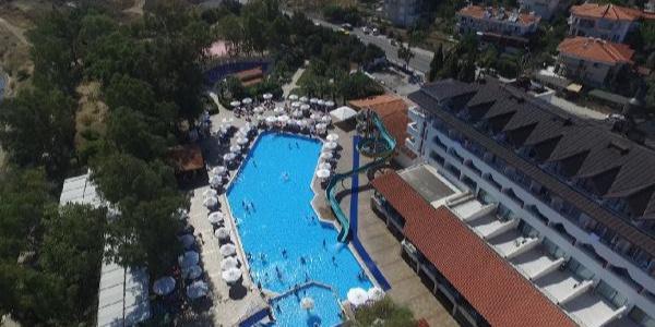 Ayvalık'ta 8 yaşındaki Berkay 5 yıldızlı otelin havuzunda boğuldu