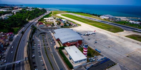 Trabzon Havalimanı'nın yılın ilk yarı karnesi: 2 milyona yakın yolcu