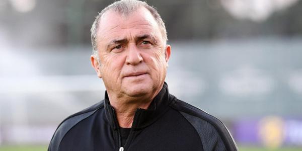 Fatih Terim,  44 yıl önce Galatasaray'a attığı imzayı hatırlattı