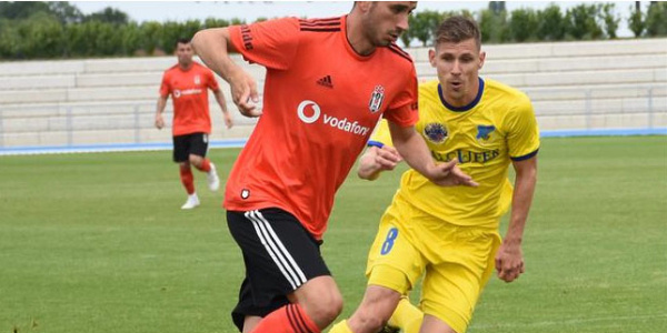 Beşiktaş Slovakya'daki hazırlık maçını farklı kazandı