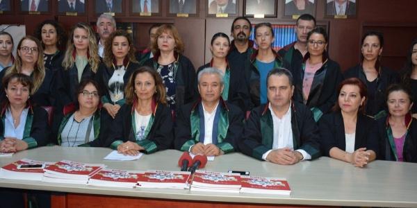 """İzmir Barosu çocuk istismarına karşı idam veya hadım için """"çözüm değil"""" dedi"""