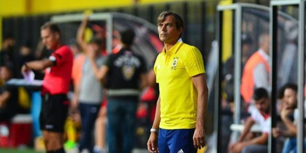 Hazırlık maçında 2-1 yenilen  Fenerbahçe'nin hocasından açıklama