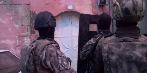 Şanlıurfa'da terör örgütü propagandası operasyonu: 8 gözaltı