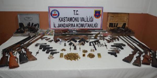 Kastamonu merkezli 4 ilde silah kaçakçılığı operasyonu: 8 tutuklama