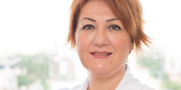 Dermotoloji uzmanından yazın aşırı makyaj yapanlara uyarı