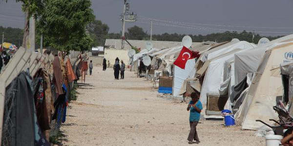 Türkiye'deki Suriyeliler, nüfusun yüzde 4.39'una çıktı