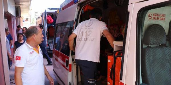 Manisa'da mobilya fabrikasında çalışan 104 işçi yemekten zehirlendi