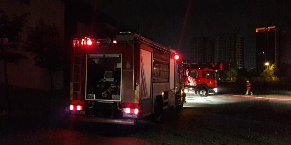 Bakırköy'deki CNR EXPO fuar merkezinde yangın
