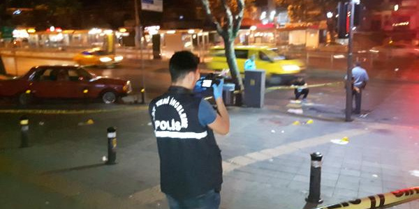 Fatih'te yabancı uyruklu bir kişiye silahlı saldırı, 1 ölü