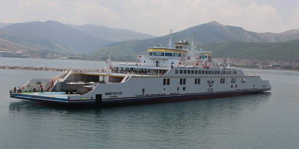 Türkiye'nin en büyük ikinci feribotu Van Gölü'nde sefere çıktı