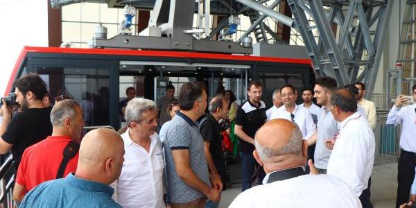 Trabzon'da bir aydır kullanımda olan teleferik basına tanıtıldı