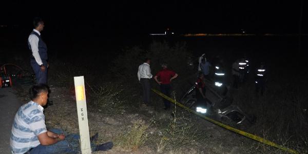 Sungurlu-Kırıkkale yolunda feci kaza : 2 ölü, 6 yaralı