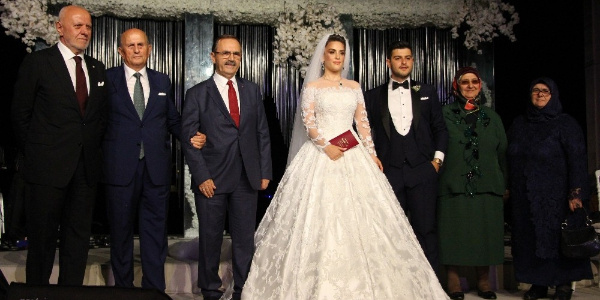 Samsun'da iş ve siyaset dünyası bu düğünde buluştu