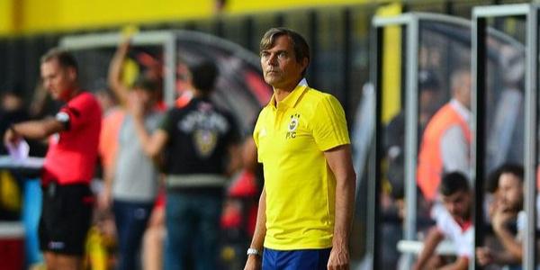 Phillip Cocu'dan Feyenoord karşısındaki Fenerbahçe'ye övgü dolu sözler