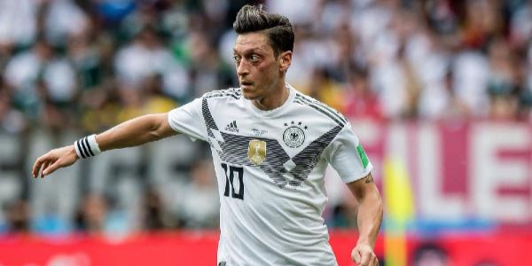 Mesut Özil'den zehir zemberek veda: Alman Milli Takımını bıraktım