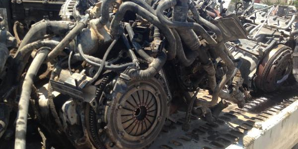 Gaziantep'te çalıntı otoları parçalayıp satan şebekeye baskın