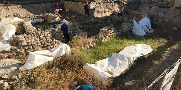 Çeşme'nin tarihi bu kazılarla yeniden yazılacak