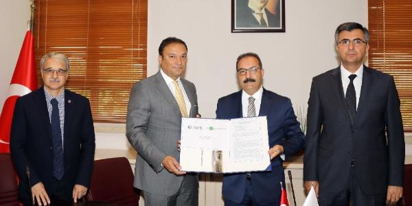 Gaziantep Üniversitesi Rektörü 4. nesil üniversiteden söz etti