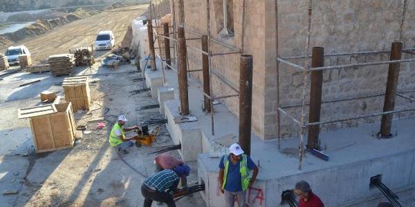 Hasankeyf'te taşınma sırası Artuklu Hamamı ve Sultan Süleyman Koç Cami'nin