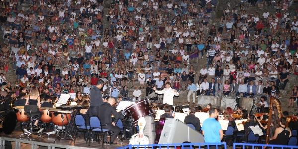 Dünyaca ünlü piyanist İdil Biret'ten antik kentte konser