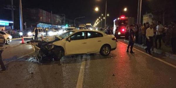 Samsun'da feci kazada araçlardan biri ikiye bölündü: 2 ölü, 5 yaralı