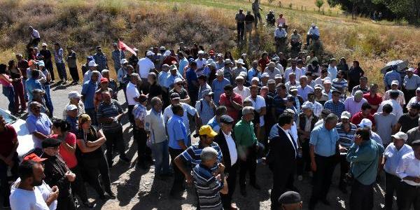 Sivas Divriği'de köylüler maden sondajına karşı nöbette