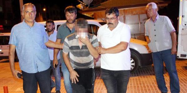 Burdur'da sapığı linç edilmekten polis kurtardı