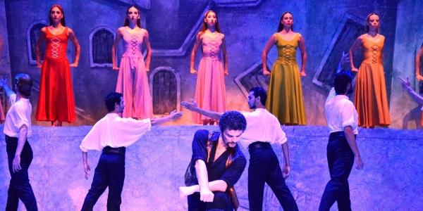 """2 bin kişi """"Zorba"""" için Bodrum Antik Tiyatro'daydı"""