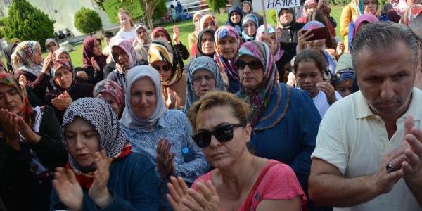 Vezirhanlılar ikinci çimento fabrikasına karpuzla karşı çıktı