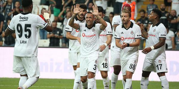 Beşiktaş, Avrupa Ligi'nde yarım düzine golle tur atladı