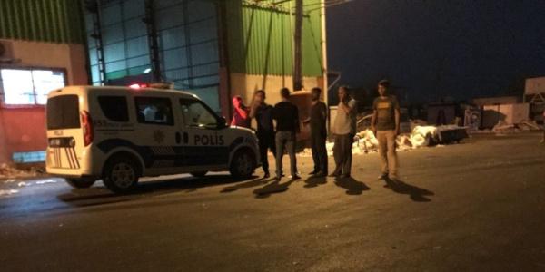 Adana'da geri dönüşüm makinesenide çalışan işçinin feci sonu