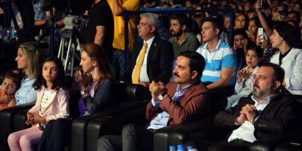 Kırşehir Neşet Ertaş Fesitivali'nde Ferhat Göçer'li açılış