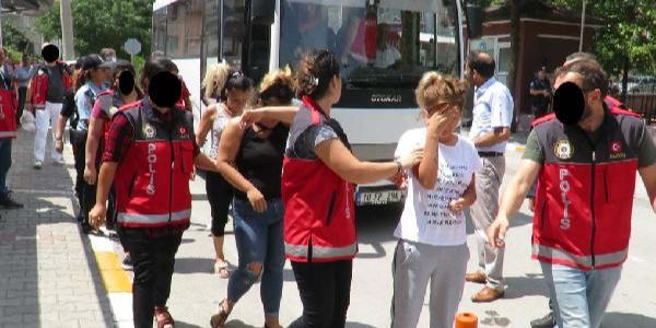Balıkesir'de çocuklara fuhuş yaptıran çeteye baskın: 8 tutuklama