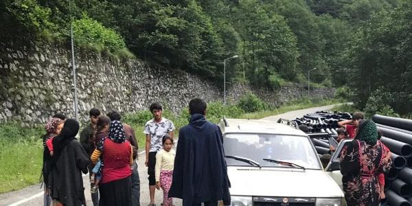 Belediyeden Ayder Yaylası'nda operasyon: Zorla satış yapan 37 kişiye sınırdışı