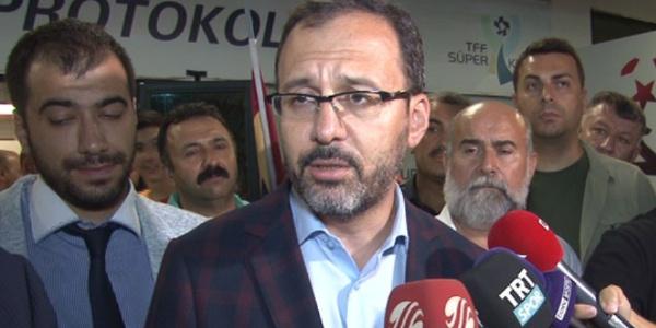 Gençlik ve Spor Bakanı Kasapoğlu'ndan Akhisarspor'a alkış