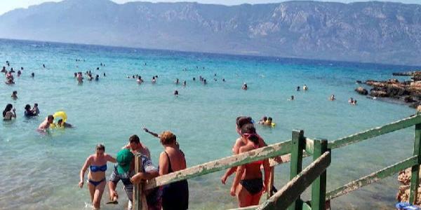 Gökova Körfezi'ndeki bu plaja terlikle girmek yasak