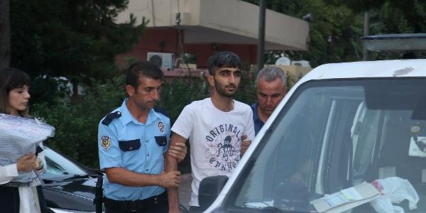Adana polisi, yasadışı bahisçilere şafak vakti baskın yaptı