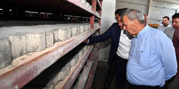 İzmir Büyükşehir, granit atıkları ile 2.5 milyon lira tasarruf yapacak