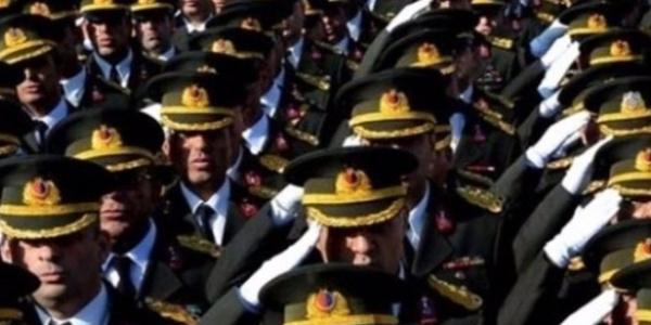 TSK'da 121 general ve amirale atama kararı Resmi Gazete'de