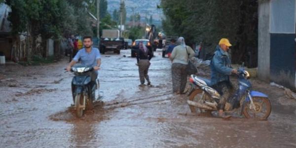 Antalya'nın Elmalı ilçesini ikinci kez sel vurdu