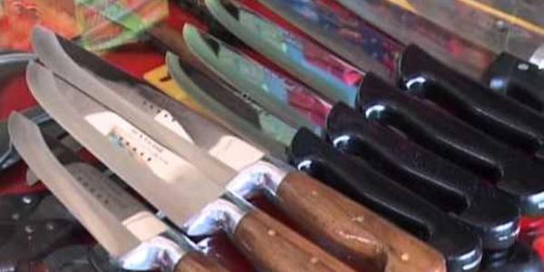 """Bıçakçılardan """"Kurbanı tek bıçakla kesmeyin"""" uyarısı"""
