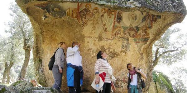 Yediler Manastırı'ndaki paha biçilmez freskler kaderine terk edildi