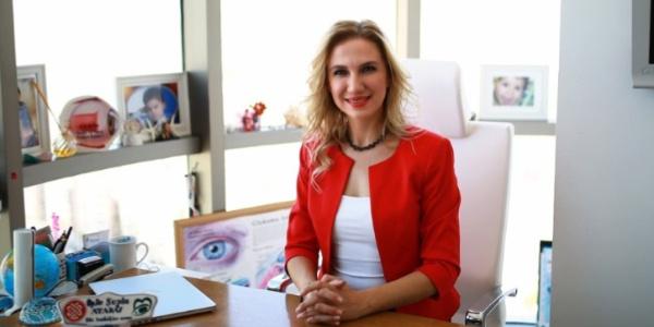 Göz hastalıkları uzmanından bilgisayar kullananlara uyarı