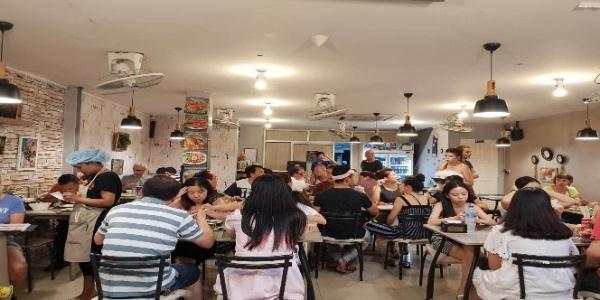 Tayland'daki Türk restoranı yemek siparişlerine yetişemiyor