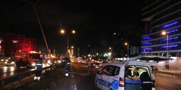 Kartal'da takla atan araç başka araca çarptı: 6 yaralı