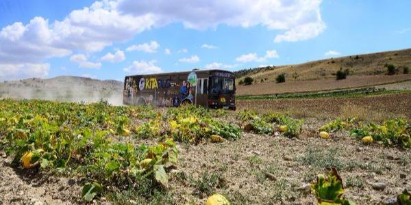 Kahramankazan'da gasilhane aracı gezici kütüphane oldu