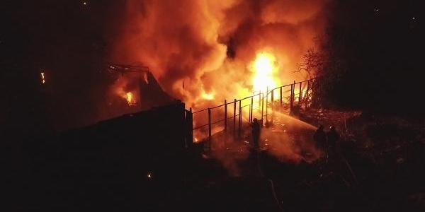 Bursa'da tüpçü dükkanında patlama korku dolu anlar yaşattı