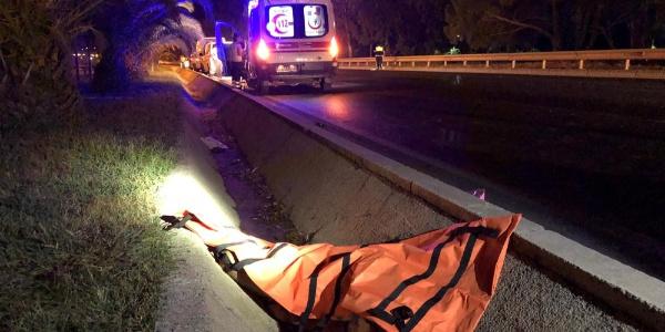 Antalya'da emanet motosikletle feci kaza; 1 ölü, 1 yaralı