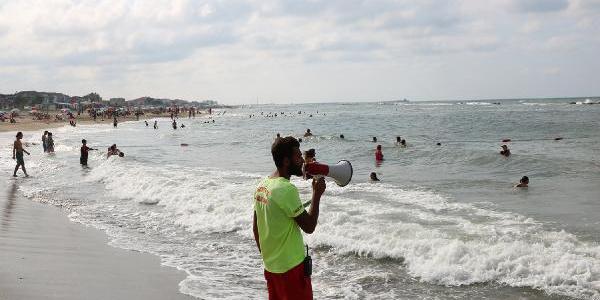 Sakarya sahillerinde denize girecek tatilcilere 'rip' akıntısı uyarısı