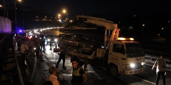 Alkollü sürücü yüzünden Kocaeli TEM Otoyolu kilitlendi